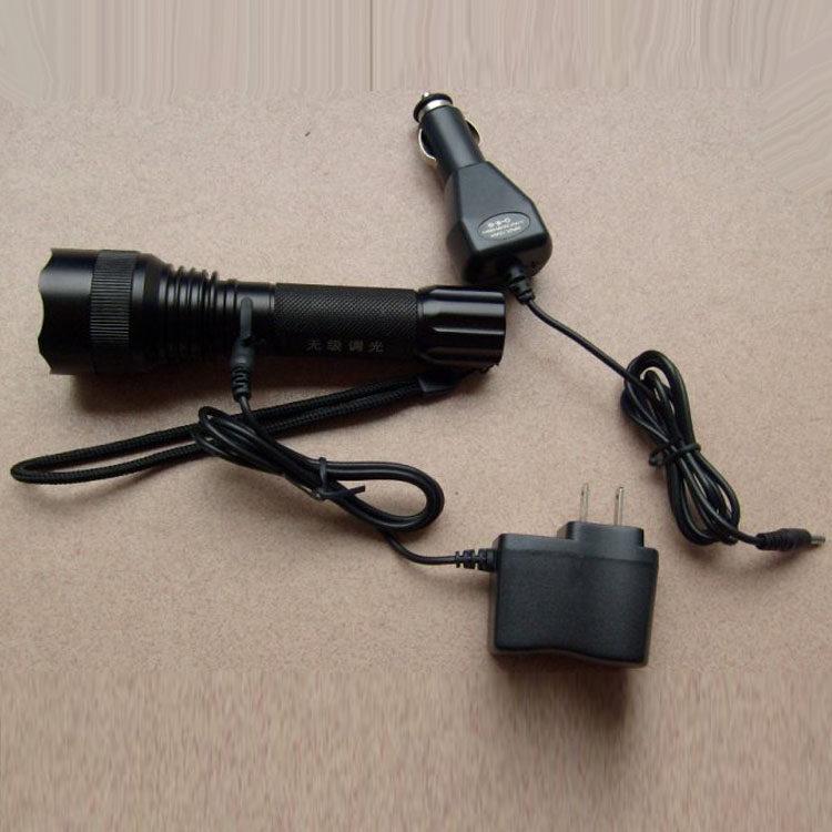无极调光手电筒 强光手电